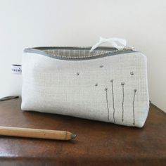 embroidered daisies pencil case | Charlotte Macey, England #embroidery #daisies #pencilcase #linen