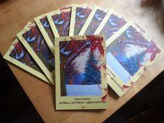 """Kurz vor Weihnachten hat er Postbote schwer zu tragen. Vor allem, wenn er uns beliefern muss. So kam er heute schnaufend mit einem Paket ... voll mit Sigrun Holsteins """"Isabell entdeckt Weihnachten""""!  Jetzt schnell diese wunderbare Weihnachtsgeschichte für nur 8€ als Taschenbuch erwerben! (Und wem es nicht schnell genug gehen kann, """"Isabell entdeckt Weihnachten"""" gibt es auch als eBook.)"""
