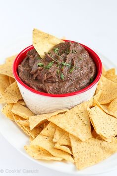 5-Minute Black Bean Dip...Only 80 calories and 2 Weight Watchers points per serving!   cookincanuck.com #recipe #vegan
