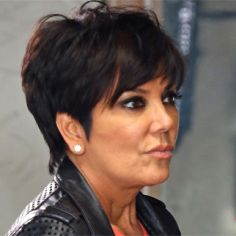 How They Did It: Federal Documents Show How Scammers Allegedly Stole Thousands From Kris Jenner 2015 Hairstyles, Short Hairstyles For Women, Summer Hairstyles, Kris Jenner Hairstyles, Kris Jenner Haircut, Long To Short Hair, Short Hair Cuts, Short Hair Styles, Cabelo Kris Jenner