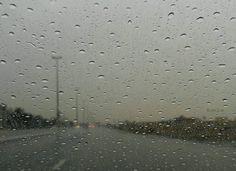 #شبكة_أجواء : #الإمارات : #شبكة_أجواء : #الإمارات : هطول أمطار في #الشارقة من #المطاردة_عاشقة_المطر .