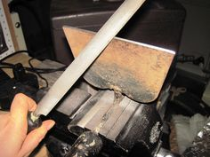 Cleaning and Sharpening Garden Tools @ Common Sense Homesteading