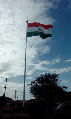 National flag of india, katraj, Pune, Maharashtra. National Flag, Pune, Abs, India, Nature, Crunches, Goa India, Naturaleza, Abdominal Muscles