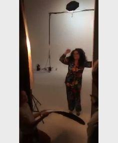 Nossa covergirl @galcosta trouxe um pouco do palco para o backstage de nossa edição de novembro. Tem como não amar? #OCorpoIdealÉoSeu #MarieClaireNovembro #MarieClaireBrasil #GalCosta via MARIE CLAIRE BRASIL MAGAZINE OFFICIAL INSTAGRAM - Celebrity  Fashion  Haute Couture  Advertising  Culture  Beauty  Editorial Photography  Magazine Covers  Supermodels  Runway Models