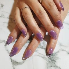 Semi-permanent varnish, false nails, patches: which manicure to choose? - My Nails Cute Acrylic Nails, Acrylic Nail Designs, Cute Nails, Pretty Nails, Pretty Makeup, Gorgeous Nails, Simple Makeup, Nail Design Stiletto, Nail Design Glitter