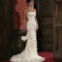 【人気のドレスセール】ウエディングドレスのレンタルならDEAR DRESS|通常20万以上のウエディングドレス・カラードレスが7万円。クラシカルで美しいインポートウエディングドレスが200着以上|ドレスお直し可能