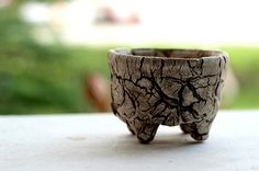 100% Handmade Pottery The unique of this design from the natural. My product are ECO-Friendly Product Design.