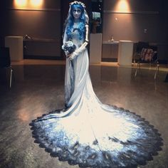 Corpse Bride Costume - I so want this for my Halloween costume!