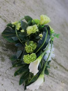 Wedding Car Decorations, Grave Decorations, Calla, Funeral Flowers, Flower Fashion, Flower Bouquet Wedding, Topiary, Ikebana, Corsage