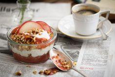 Crispy Hafermüsli mit Pfirsich-Maracuja Joghurt