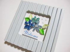 ◆ペーパークイリングで作った、お花のミニフレームです。◆フレームの素材は、木で、サイズは、9.3cm×9.3cmです。|ハンドメイド、手作り、手仕事品の通販・販売・購入ならCreema。