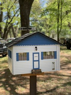 charter 88676 in Siren, WI, is designed to look like a tiny cabin! Little Free Libraries, Little Library, Free Library, Library Books, Community Building, The Neighbourhood, Cabin, Outdoor Decor