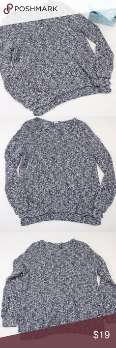"""Garage Navy & White Chunky Knit V-Neck Sweater //Garage Brand //good condition with some pilling, (not as noticeable with the chunky knit) //thick and warm! //v-neck shape //high-low hem with small side slits //oversized fit //approx. 48"""" around the bust //approx. 25.5"""" in the front & 27.5"""" in the back //perfect for fall & winter layering!  //no trades! //open to offers! //@_poshfox Garage Sweaters V-Necks"""