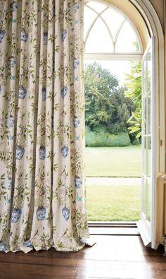 Curtains: Romey's Garden 321442 Zoffany