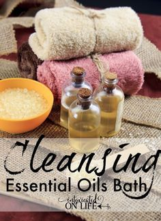 Cleansing essential oils bath recipe with variations for relaxation, uplifting, and more! | ProverbialHomemaker.com