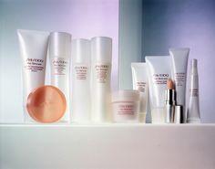 """Die Kosmetik des neuen Jahrtausends, geschaffen für die Zukunft: Das Jahr 2000 war die Geburtsstunde der #Shiseido-Pflegelinie """"The #Skincare""""."""