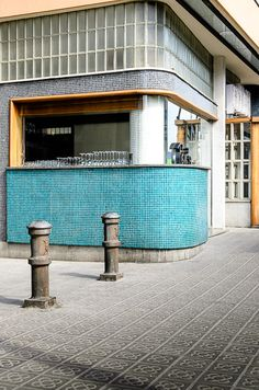 barcelona, ceramic layers... I remember the pavers!