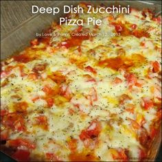 Zuccini Pizza Casserole slice zucchini, roll in bread crumbs oven bake brushing each side with olive oil. layer in 9 x 12 casserole dish - marinara, zucchini, parmesan cheese. repeat, bake at 350 until hot and bubbly. could add chicken Pastas Recipes, Thm Recipes, Pizza Recipes, Real Food Recipes, Dinner Recipes, Cooking Recipes, Healthy Recipes, Dinner Ideas, Kitchen