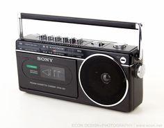 VINTAGE SONY CFM-120 AM FM RADIO CASSETTE RECORDER PLAYER PORTABLE EXCELLENT EUC #SONY