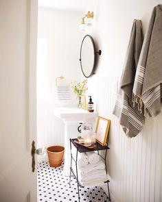 New Darlings:Our Hallway Bathroom: The Reveal - New Darlings