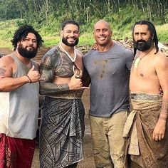 Image may contain: 4 people, people standing, beard and outdoor Wwe Superstar Roman Reigns, Wwe Roman Reigns, Roman Empire Wwe, Samoan Men, Roman Reigns Family, Polynesian Men, Lionel Messi Barcelona, Roman Regins, Wwe World