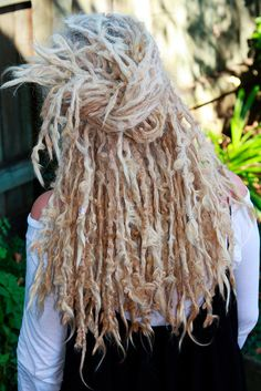 Ha this is exactly what my dreads are going to look like when they finish locking. Squiggly little buggers! :: #dreadstop