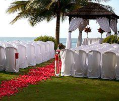 Walk down the aisle barefoot at the Villa Montana Beach Resort in Puerto Rico