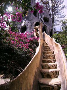 Baumhaus Oder Gartenhaus   Ferienhaus   Pinterest   Gärten ... Wendeltreppe Um Einen Baum Baumahus