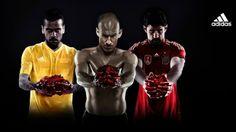I calciatori col cuore in mano per la campagna shock di Adidas