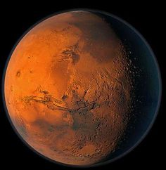 Here are 8 awesome pictures of the surface of planet Mars to give you a better idea of what Mars looks like up close. Astronomy Science, Space And Astronomy, Paul Atreides, Mercury Planet, Mars Surface, Solar System Art, Mars Planet, Treasure Planet, Mars
