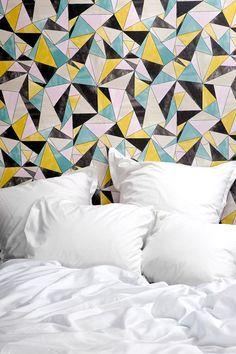 Mimou - stunning wallpaper