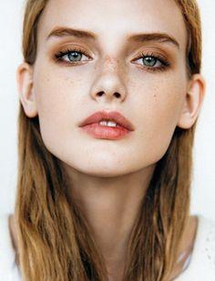 Freckles - maquillage léger pour l'été
