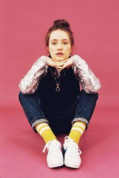 Norwegian / Scandinavian Pop artist [pop star from Norway], Sigrid solbakk Raabe (stage name: Sigrid). Sigrid follow @friendsdolie on pinterest