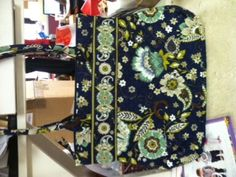 just bought this pattern in the large square bottom tote for travel...love it...well made, sturdy, better than the VB bags in every way AND made in the food old USA instead do China like VB!!!  this is made by Stephanie Dawn...check it out!!!