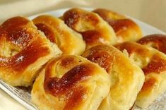 Pies like my grandmother: 5 simple recipes Albanian Recipes, Russian Cakes, Homemade Pastries, Cheese Ingredients, Savory Tart, Romanian Food, Just Cooking, Bread Bun, How Sweet Eats