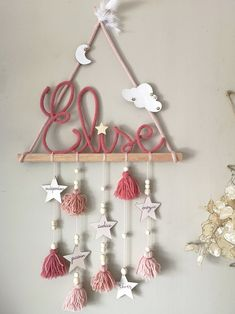 decoration tipi mural for a idea and opt for this teepee wall dec Home Crafts, Diy And Crafts, Crafts For Kids, Arts And Crafts, Paper Crafts, Diys, Halloween Ribbon, Diy Halloween, Wooden Stars
