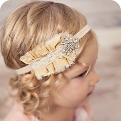 Oh my I'm in love with this headband!- Baby Headbands Vintage