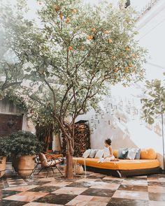 backyard, courtyard and patio goals, El Fenn hotel, Marrakech Outdoor Rooms, Outdoor Dining, Outdoor Decor, Patio Interior, Interior And Exterior, Interior Livingroom, Patio Design, Exterior Design, Design Design