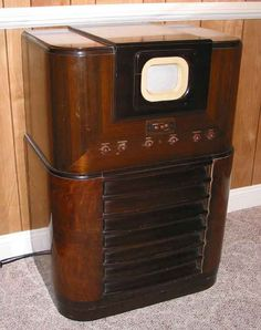 Vintage Television, Television Set, Music Machine, Antique Radio, Tv Sets, Record Players, Phonograph, Vintage Tv, General Electric