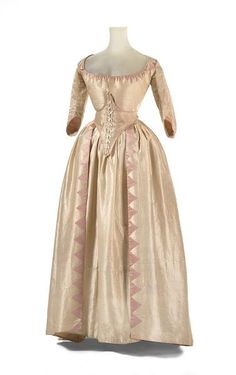 """Thisnpage has a good closeup of hand stitched details- fripperiesandfobs: """" Wedding robe a l'anglaise, 1791 From the National Gallery Victoria """" 18th Century Dress, 18th Century Clothing, 18th Century Fashion, Vintage Outfits, Vintage Gowns, Vintage Fashion, Look Vintage, Vintage Mode, Antique Clothing"""