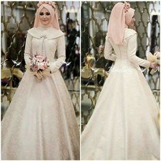 Muslim Wedding Dress with Hijab Muslimah Wedding Dress, Muslim Wedding Dresses, Muslim Brides, Wedding Dress Sleeves, Wedding Gowns, Muslim Couples, Wedding Cakes, Hijab Bride, Bridal Dresses