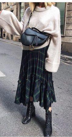 That Dior bag !! #dior #bag #vintage #fashion  #fashion #vintage WOMEN'S CLOTHING