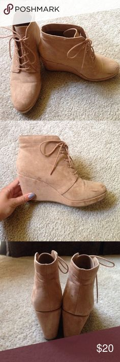 Tan wedge booties Tan suede wedge lace up booties from Forever 21! Size 9. Slight scuff marks on left toe, but barely noticeable. Easy to walk in. Forever 21 Shoes Ankle Boots & Booties