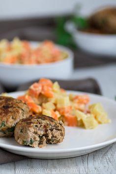Kohlrabi-Möhren-Gemüse mit Frikadellen als Low-Carb-Gericht Rezept oder nennt ihr sie Buletten oder Fleischpflanzerl? Lieblingsrezept mit gemischtem Hackfleisch | Recipe for a low-carb-dinner with carrots and kohlrabi and meatballs