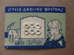 ButtonArtMuseum.com - Vintage 1920's Childs Button Card Little Darling Buttons La Mode