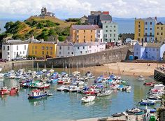 Love this seaside town & it's pretty coloured buildings. Tenby..South Pembrokeshire