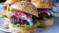 Foto: Jan-Kristian Vikeiane Schriwer / NRK Frisk, Pavlova, Salmon Burgers, Hamburger, Chicken, Ethnic Recipes, Desserts, Food, Tailgate Desserts