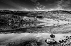 https://flic.kr/p/zSxC39 | Mono tone reflections | The calm waters of Loch Lubhair providing a great reflection of the hills in the background.