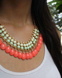 Collar Malla Pastel