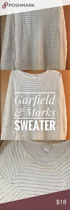 White knitted sweater great condition White sweater in good condition Sweaters